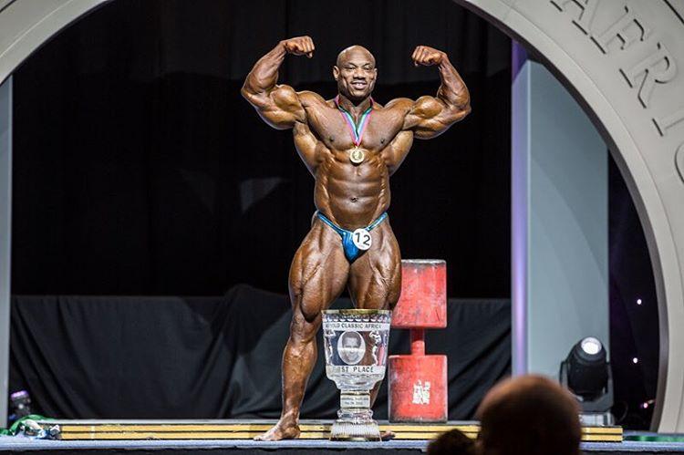 dexter jackson vince l'arnold classic africa nel 2016