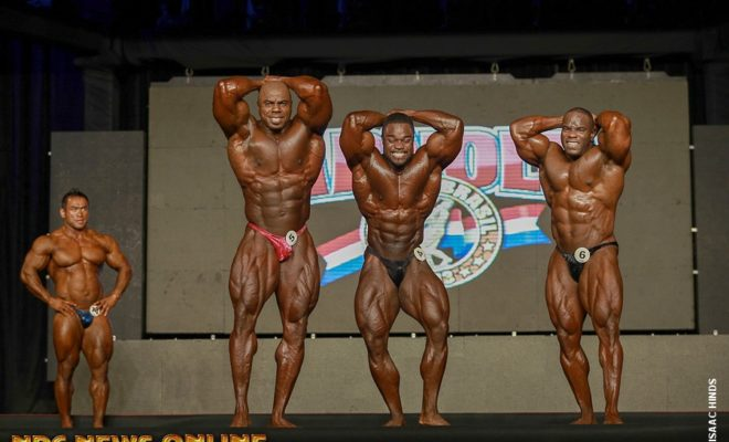 2013 arnold classic brasil top three brandon curry toney freeman and JOHNNIE JACKSON addome e gambe