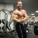 milan sadek pro ifbb in preparazione per il new york pro ifbb 2017 posa di side chest