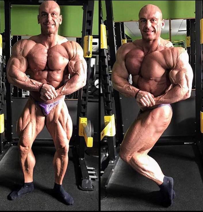 posa di most muscular e side chest per MAREK OLEJNICZAK road to 2017 new york pro ifbb