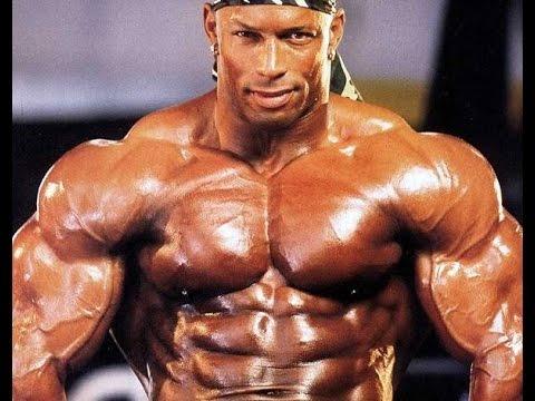 shawn ray pro ifbb per un servizio fotografico delle riviste del bodybuilding negli anni 90