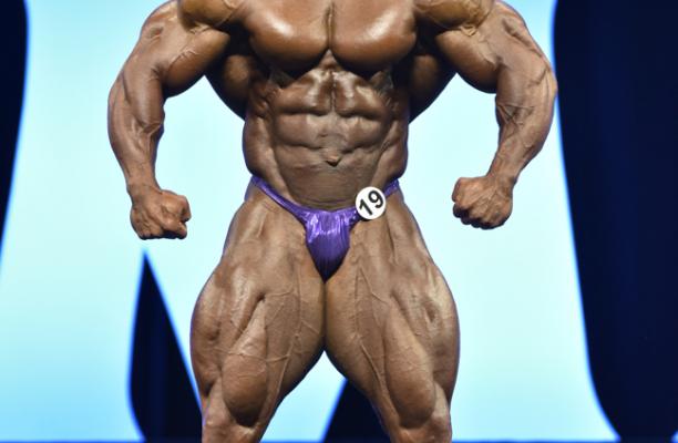 phil heath sul palco del mister olympia