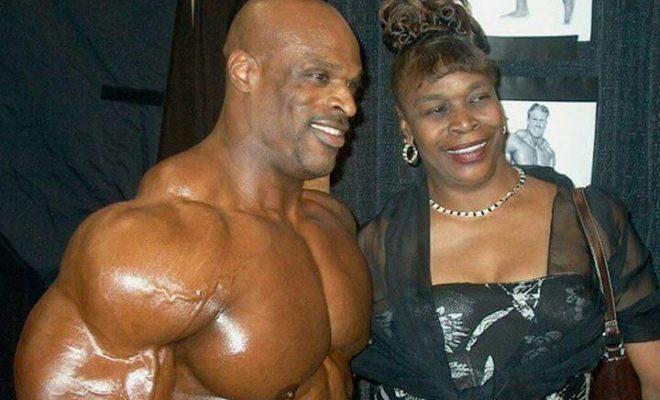 la mamma di ronnie coleman e big ronnie nel backstage del mister olympia