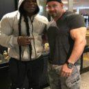 una foto di Kai Greene insieme al campione Branch Warren