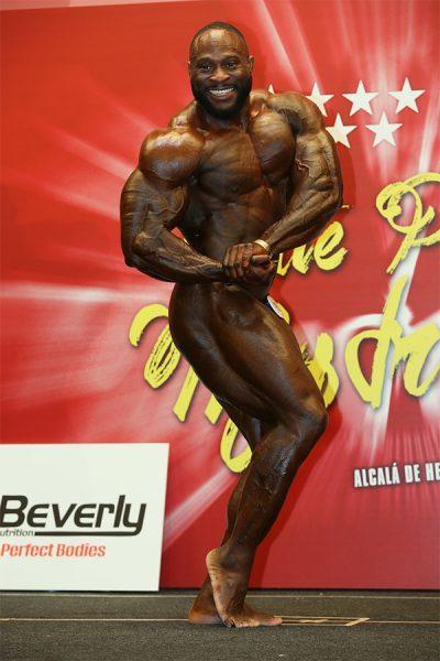 2018-IFBB-Madrid-Michael-Muzzo-2-400x600