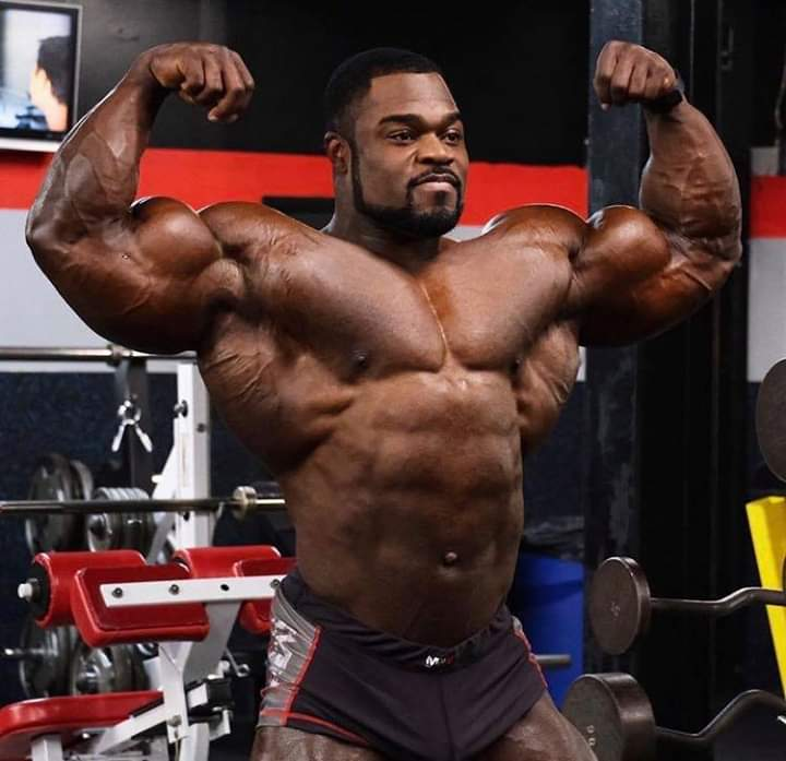 brandon curry pro ifbb