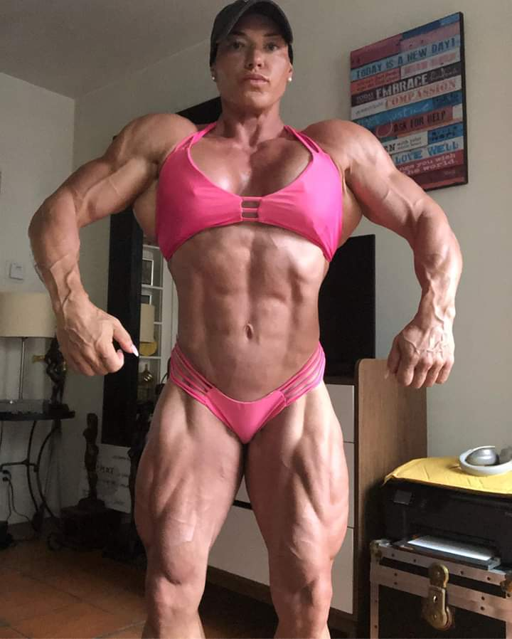 Road To 2019 Tampa Pro Ifbb Helle Trevino Posa A 3