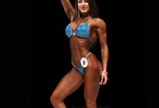 Francesca Stoico PRO IFBB sul palco del 2020 Muscle Contest JAPAN