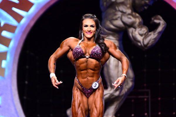 Woman's physique pro ifbb NATALIA ABRAHAM COELHO arnold classic oho 2020 winner