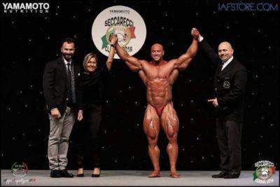 Petar Klancir si esibisce al Daniele Seccarecci Classic IFBB ITALIA 2016