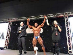 Micheal Muzo vince assoluto al2016 Olympia Amateur san marino IFBB
