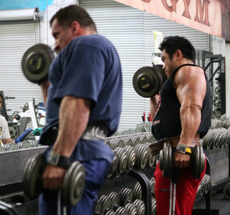 gli allenamenti di Milos Sarcev pro ifbb nella Koloseum Gym