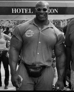 ronnie coleman in palestra
