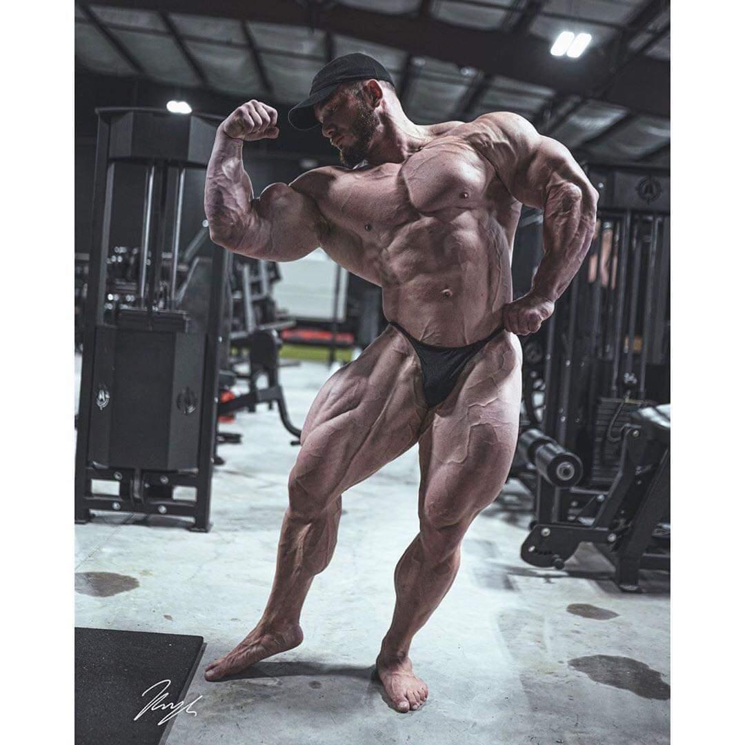 hunter labrada pro ifbb in una posa classica bodybuilding pro ifbb