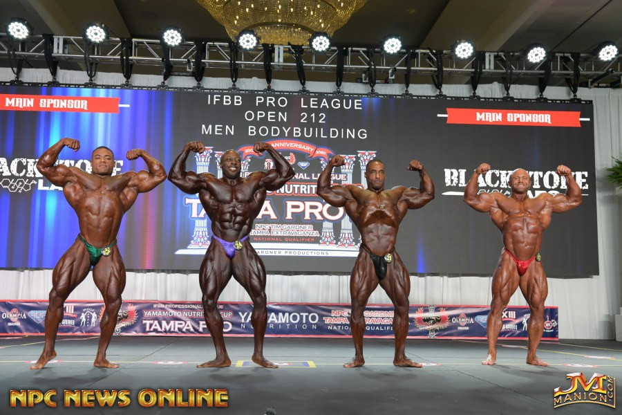 doppi bicipiti frontali first George peterson, DECTRIC LEWIS , DERIK OSLAN e Aaron Clarkcallout tampa pro ifbb 2020 212 division