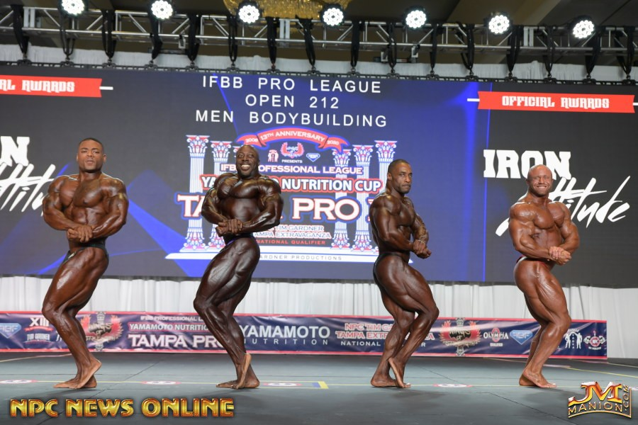 side chest 2020 tampa pro ifbb George peterson, DECTRIC LEWIS , DERIK OSLAN e Aaron Clark