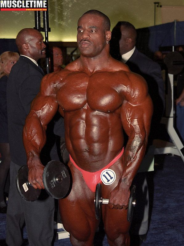 Runner-up Chris Cormier backstage - 2000 Arnold Classic