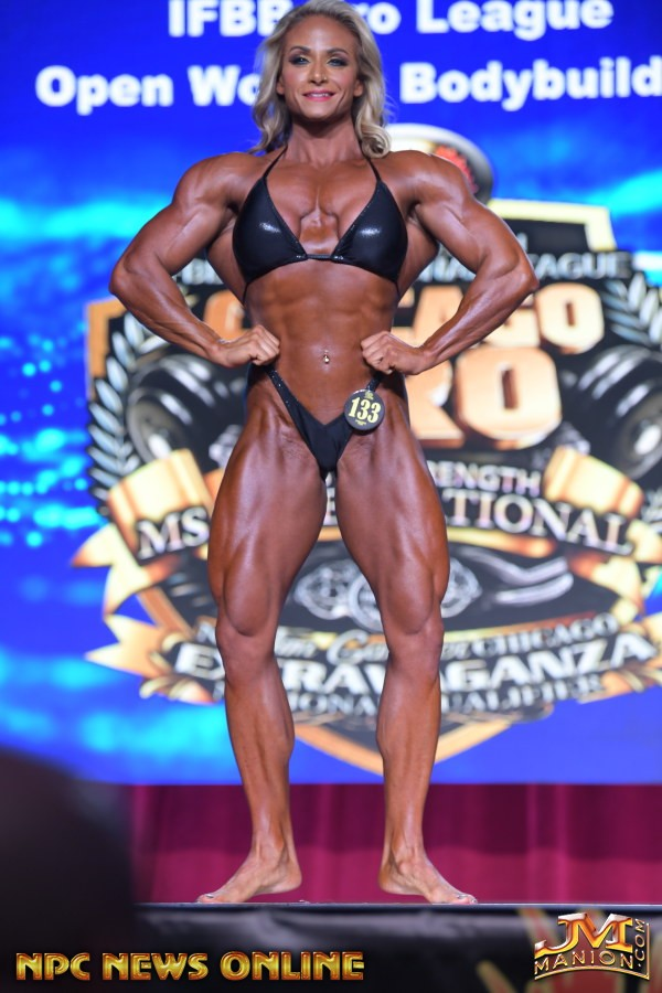 THERESA IVANCIK vnce il chicago pro ifbb nel women's bodybuilding