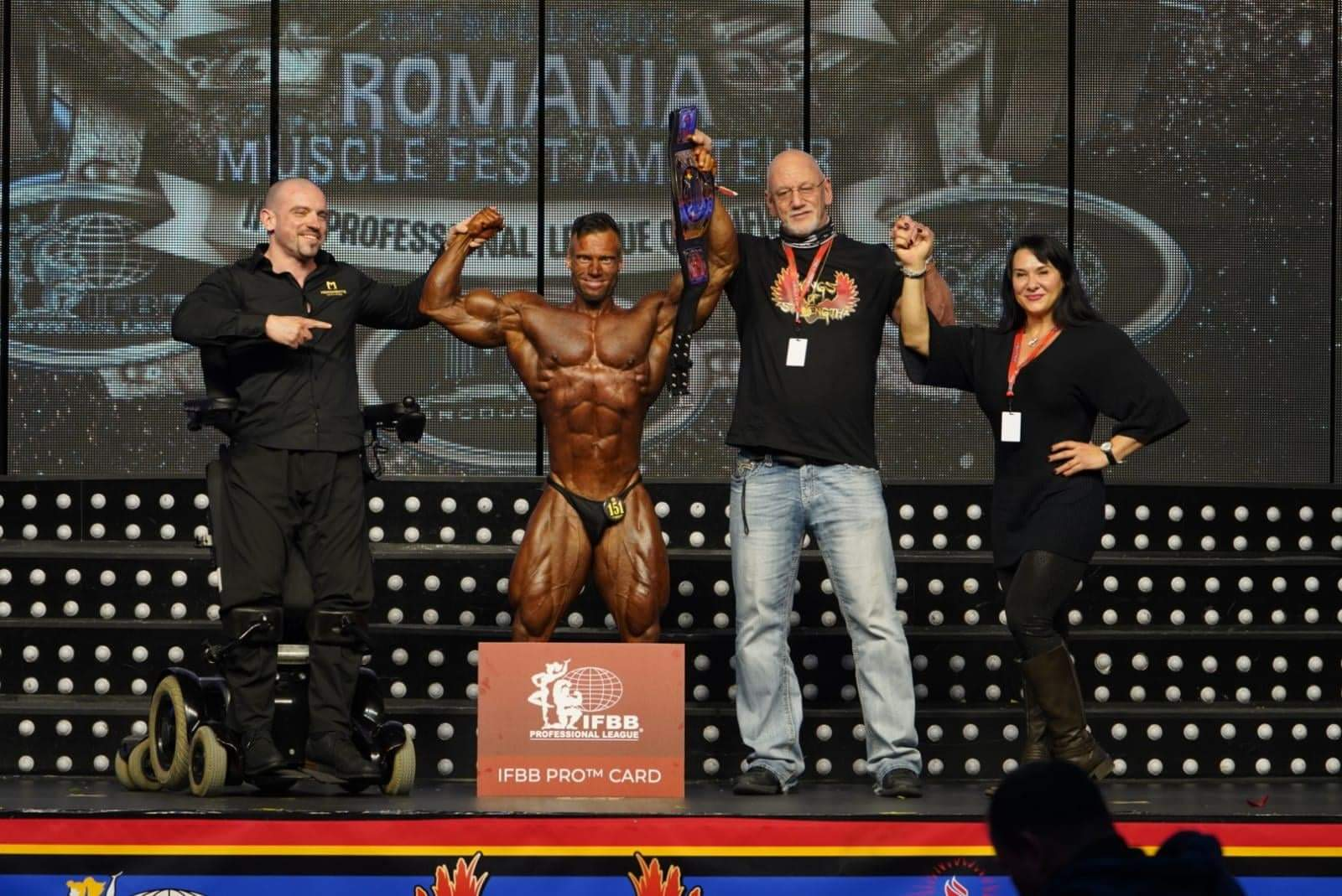 peter monlar vincere la categoria men's classic physique al romania muscle fest 2020