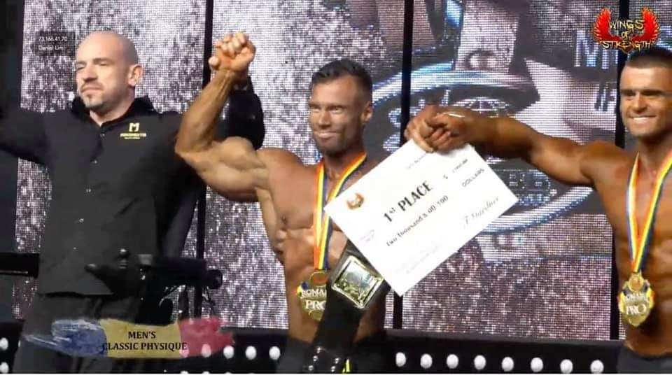 peter monlar vince la categoria men's classic physique al romania muscle fest 2020