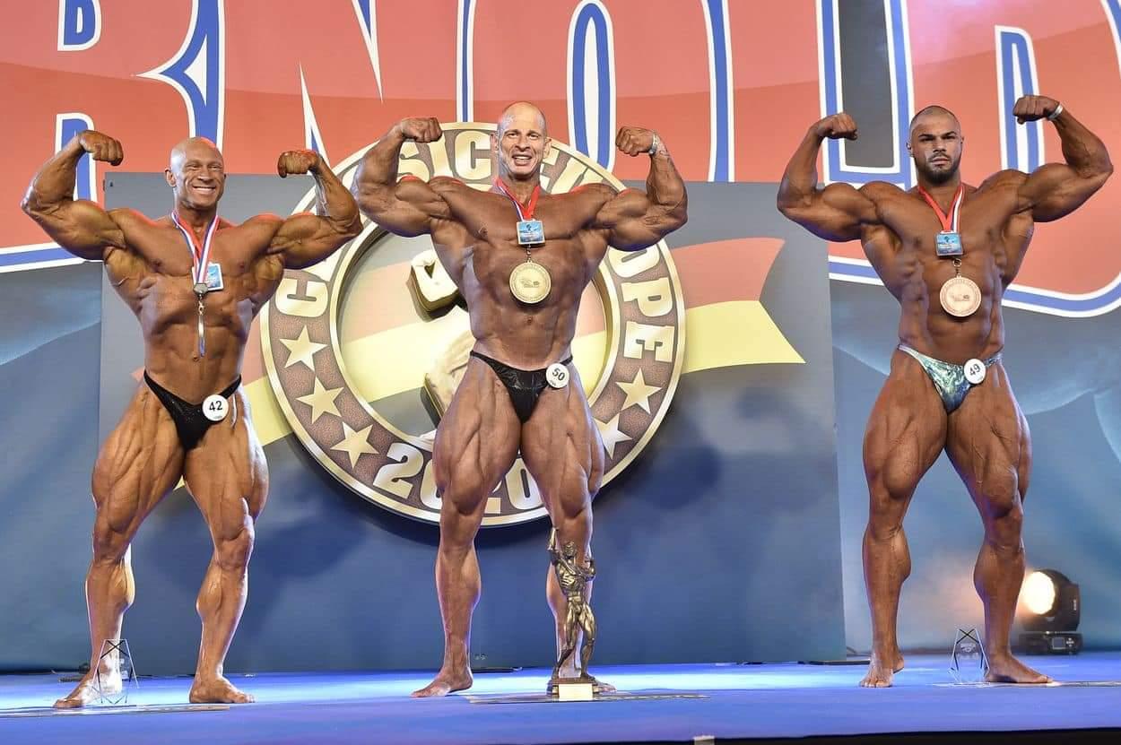 premiazione categoria men's open bodybuilding al 2020 arnold classic europe