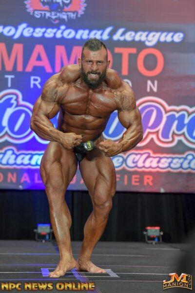 andrea muzi al Puerto Rico PRO IFBB 2019 posa di most muscular