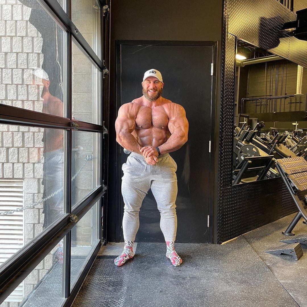 antonie vaillant pro ifbb offseason marzo 2021 posa di most muscular