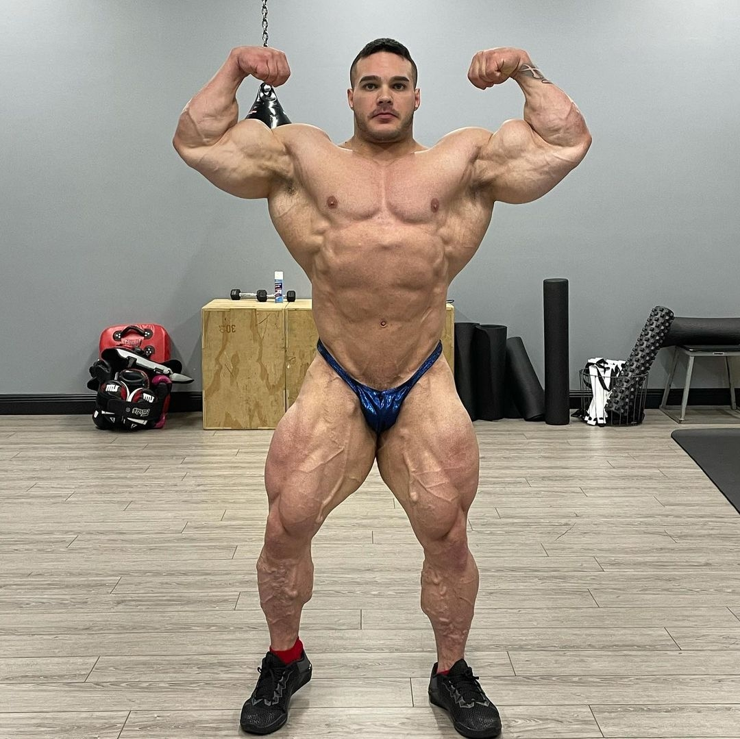 nick walker 9 weeks out from new york pro ifbb 2021 posa doppi bicipiti frontali