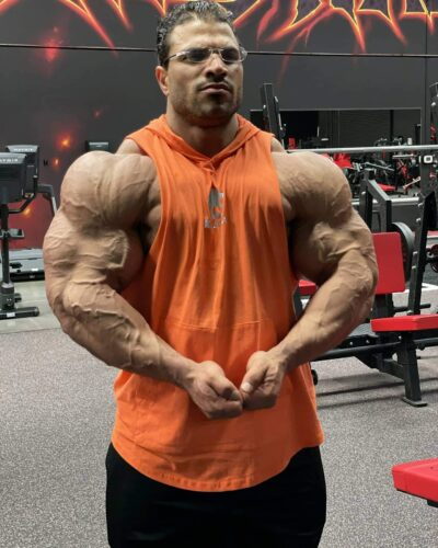 hassan mostafa posa di most muscular aprile 2021 road to 2021 new york pro ifbb