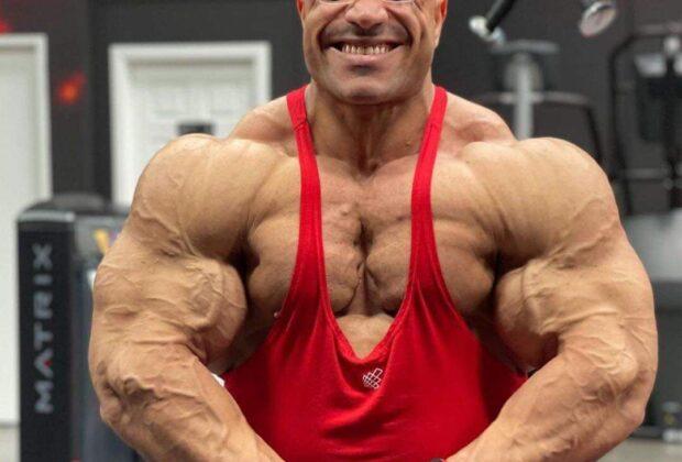 hassan mostafa pro ifbb road to 2021 new york pro ifbb posa di most muscolar