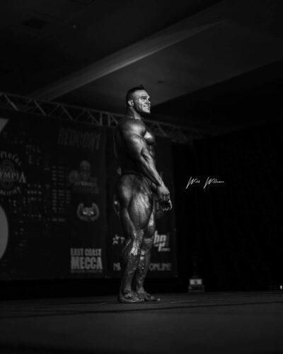 nick walker dopo la proclamazione alla vittoria del New York PRO IFBB 2021
