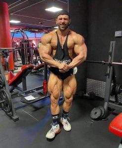 posa del più muscoloso per andrea muzi a pochi giorni dal mr big evolution 2021 pro ifbb