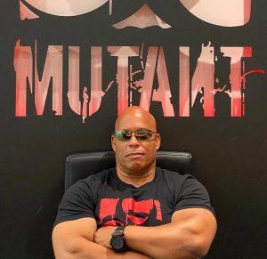 shawn ray firma con mutan