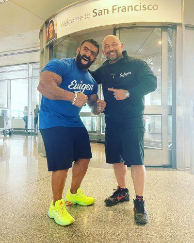 hadi choopan arriva in America e sbarca all'Aeroporto di San Francisco Hany rambod lo accoglie ad un mese dal mister olympia 2021
